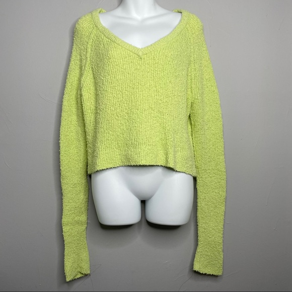 KENDALL & KYLIE Lime Green Fuzzy Sweater Small